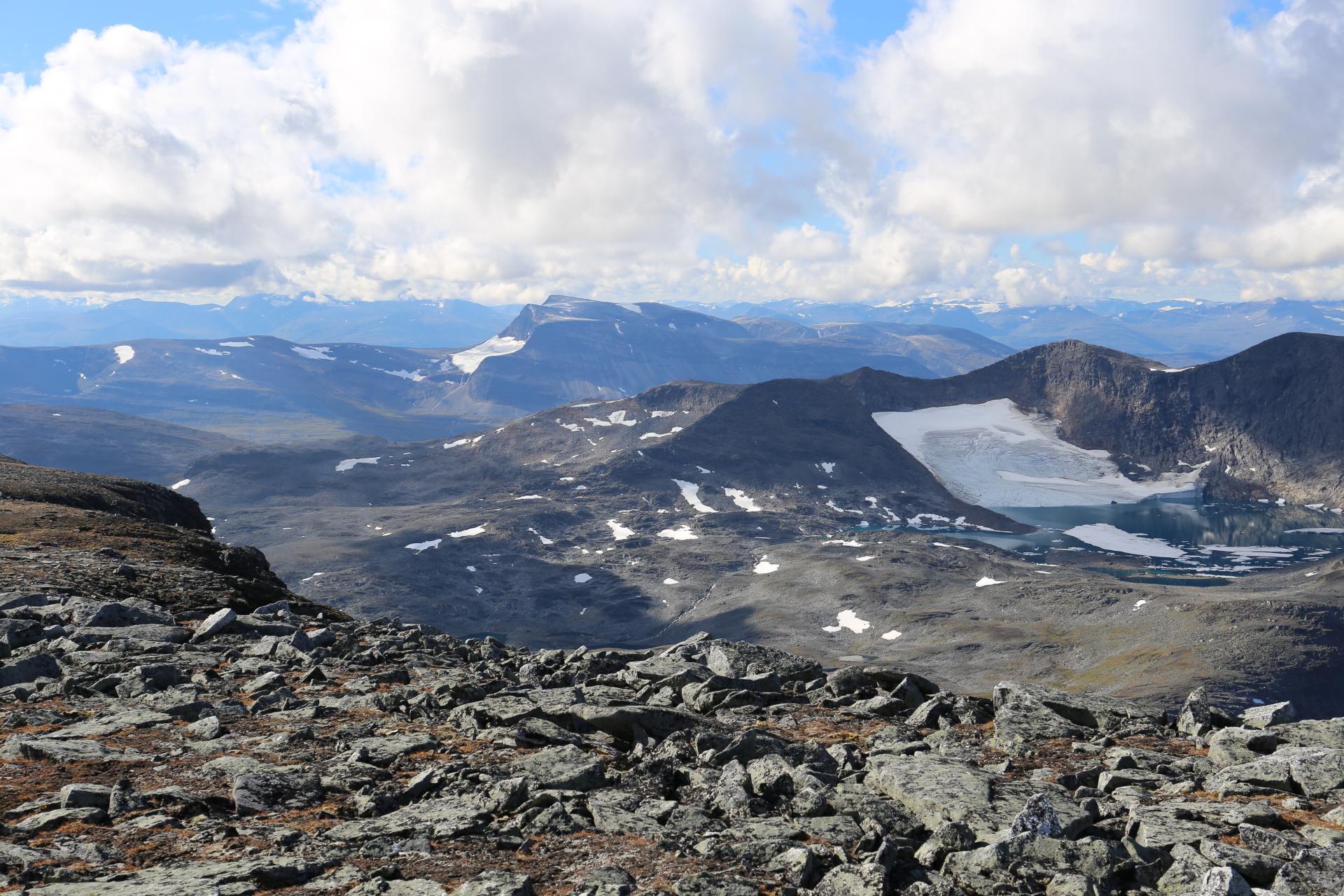 Utsikt över Isdalen mot Norge