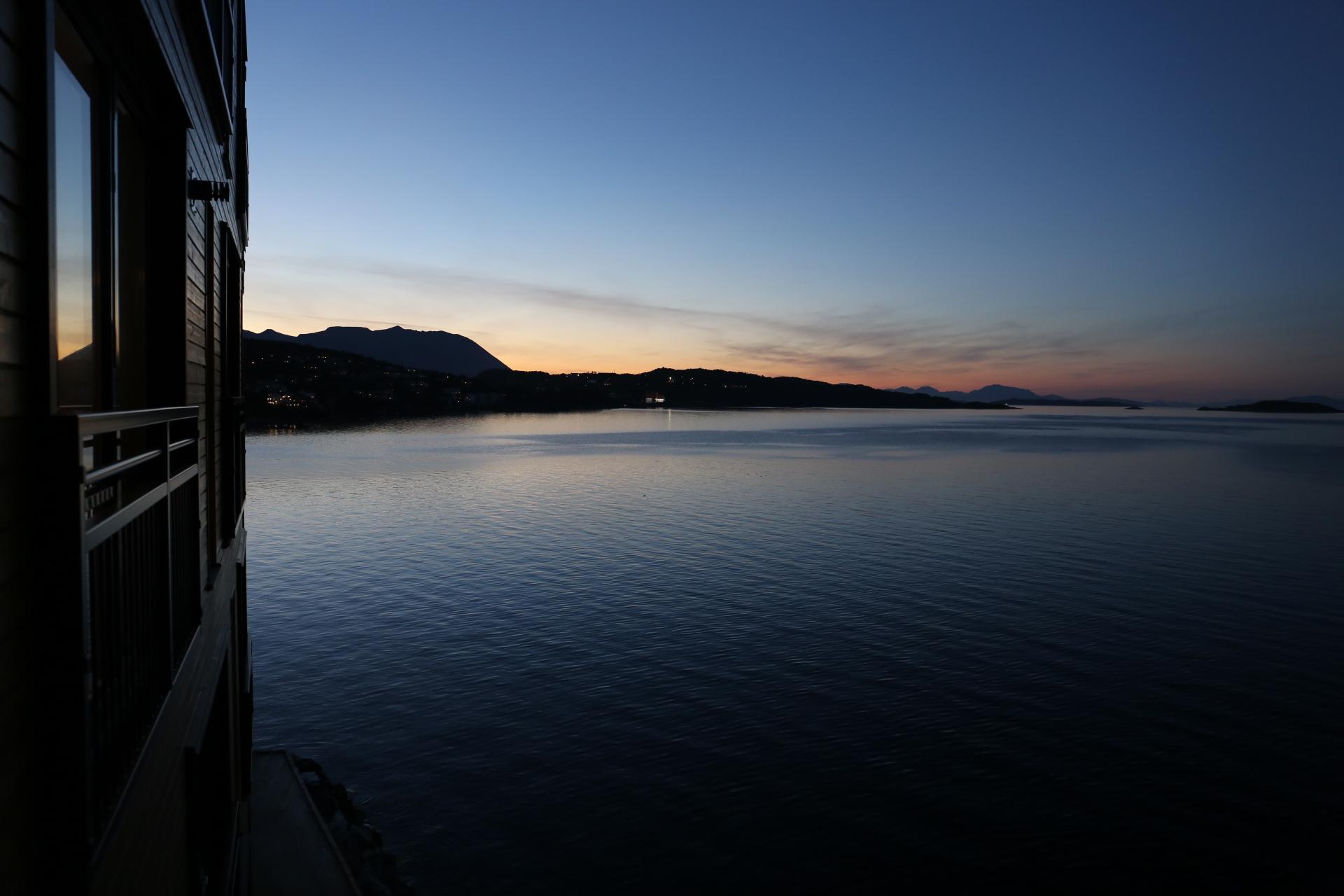 Solnedgång vid Harstad Brygge kl 23:00